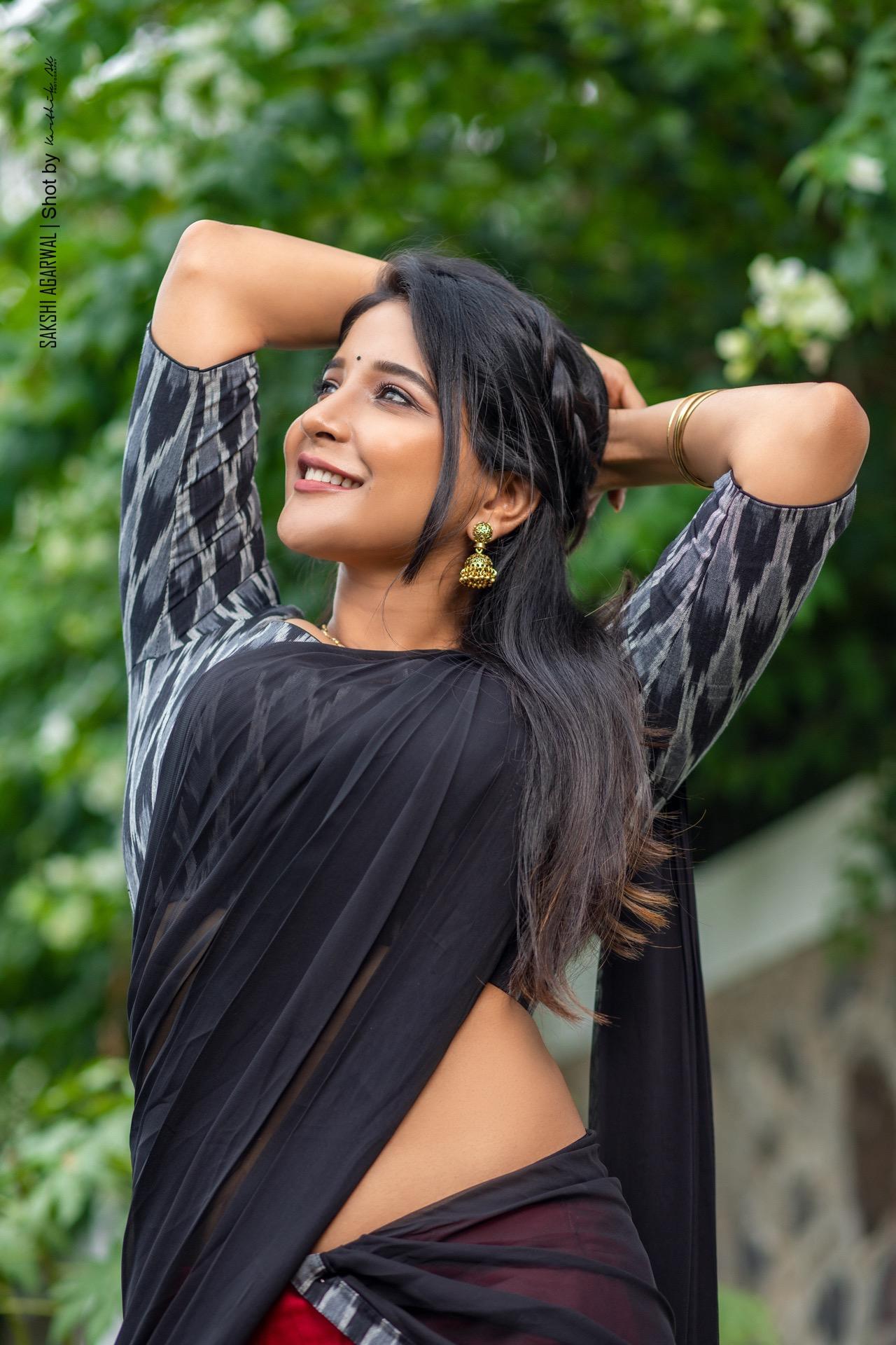 Actress Sakshi Agarwal (2)